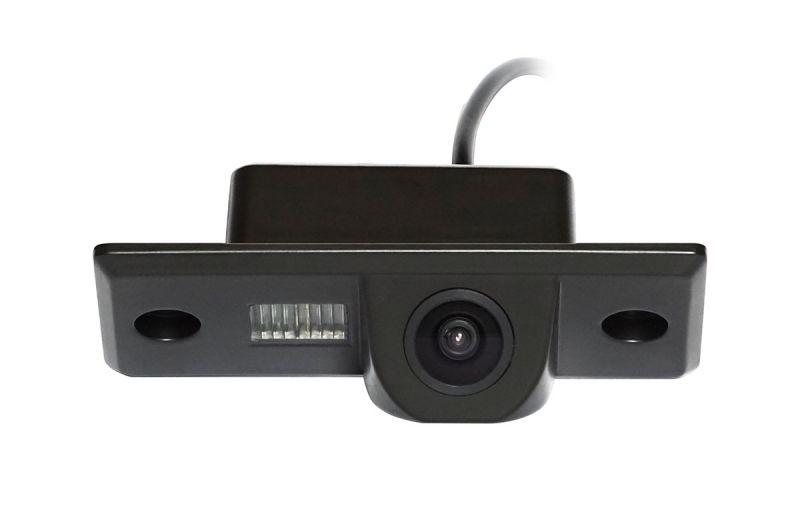 Штатная камера заднего вида Incar VDC-015B Volkwagen Tiguan, Touareg I, Skoda Fabia I-II, Yeti, Porsche Cayenne I